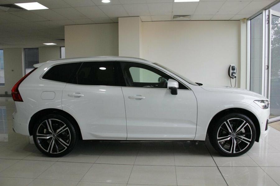 2018 Volvo XC60 UZ D5 R-Design Suv Mobile Image 12