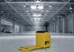 New Hyundai Forklifts 16/18/20/22 ET/EP-7N