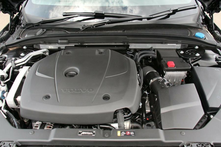 2019 MY20 Volvo V60 F-Series T5 R-Design Wagon Image 21