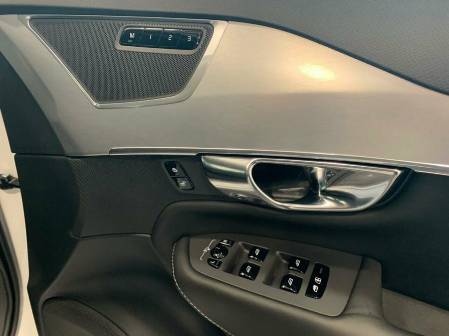 2018 MY19 Volvo XC90 L Series T6 Momentum (AWD) Suv Image 13