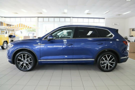 2019 Volkswagen Touareg CR Launch Edition Suv Image 4