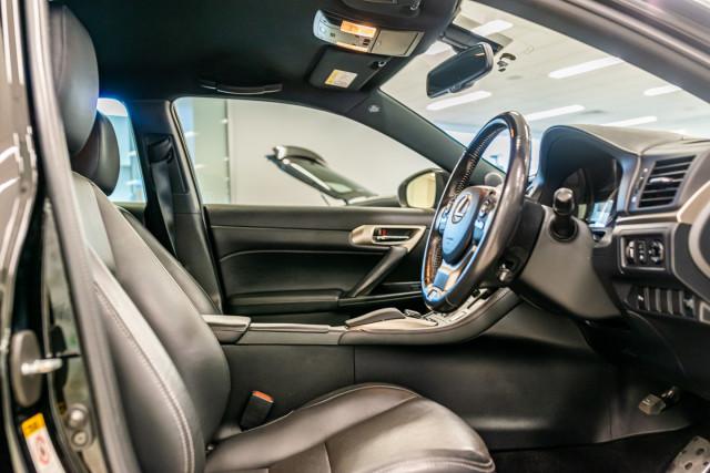 2016 Lexus Ct Hatchback Image 20