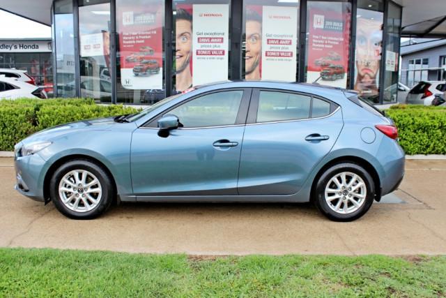 2015 Mazda Mazda3 BM5478 Touring Hatchback Image 5