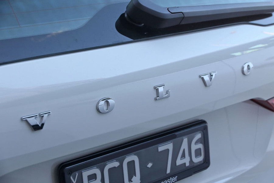 2019 Volvo XC60 UZ D4 Inscription Suv Image 15