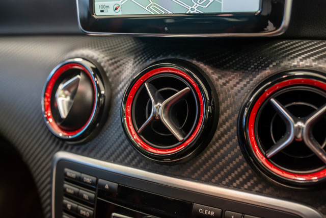 2013 Mercedes-Benz A-class Hatchback Image 31
