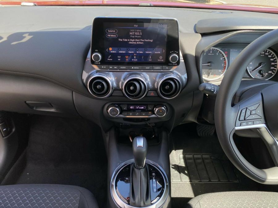2020 Nissan JUKE F16 ST Plus Hatchback Image 11