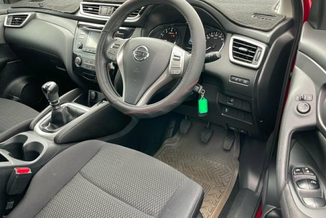 2016 Nissan Qashqai ST 6 of 20