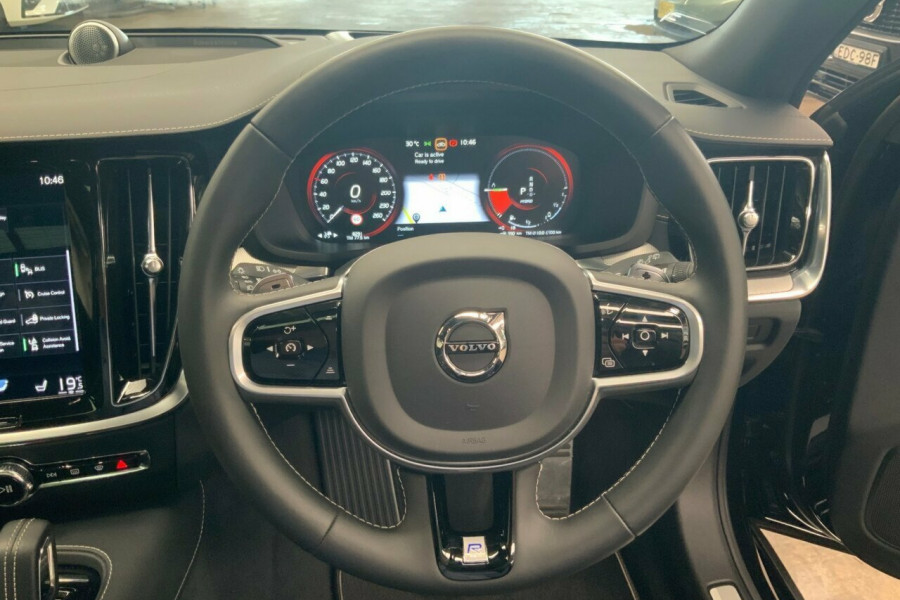2019 MY20 Volvo V60 225 MY20 T8 PHEV R-Design (Hybrid) Wagon Image 20
