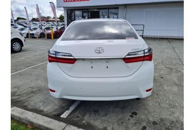 2017 Toyota Corolla ZRE172R Ascent Sedan Image 4
