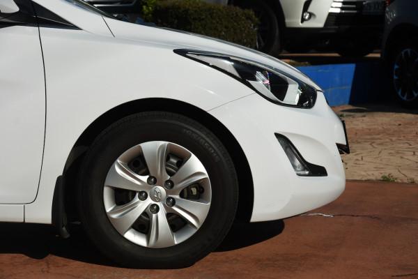 2015 Hyundai Elantra MD3 Active Sedan Image 5