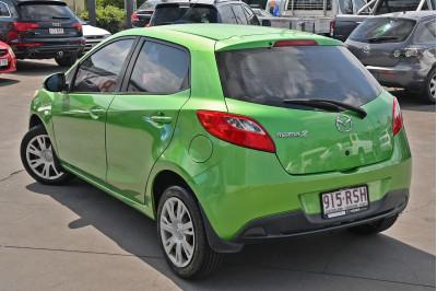2011 Mazda 2 DE Series 2 MY12 Neo Hatchback Image 4