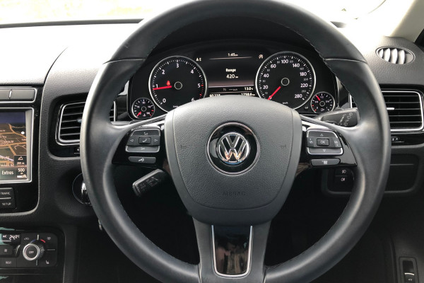 2016 MY17 Volkswagen Touareg 7P 150TDI Suv Image 3