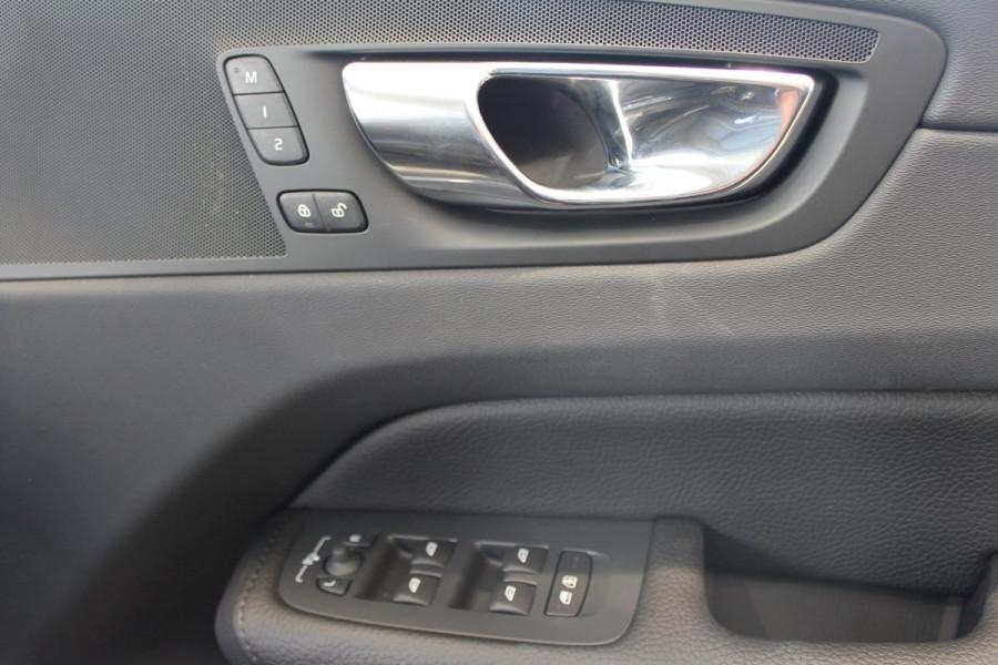 2019 Volvo XC60 UZ D4 Inscription Suv Mobile Image 15