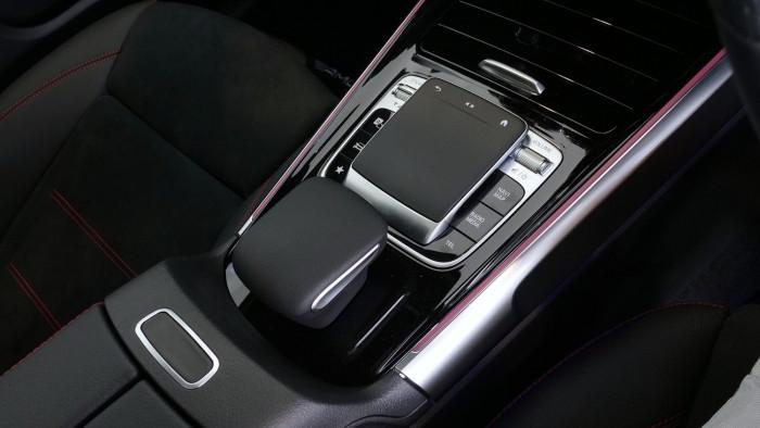 2020 Mercedes-Benz B Class Image 17