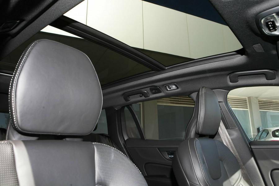 2019 MY20 Volvo V60 T5 R-Design T5 R-Design Wagon Mobile Image 10