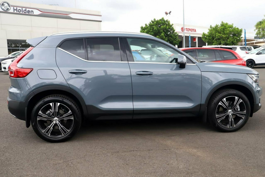 2020 Volvo XC40 XZ T4 Inscription Suv