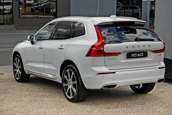 2021 Volvo XC60 UZ D4 Inscription Suv Image 3