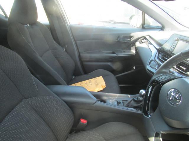 2018 Toyota C-hr NGX10R NGX10R Suv Image 5
