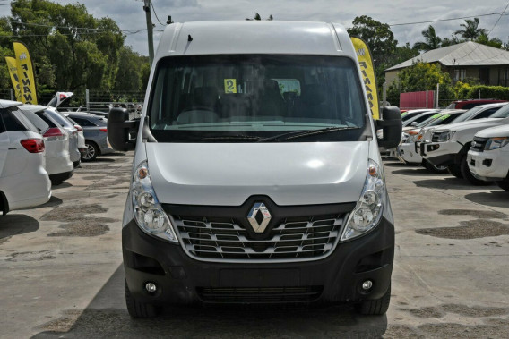 2016 Renault Master X62 Mid Roof LWB AMT Bus