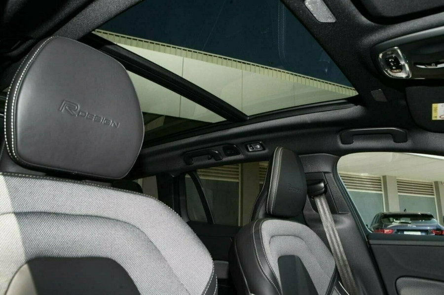 2019 MY20 Volvo V60 F-Series T8 R-Design Wagon Image 15