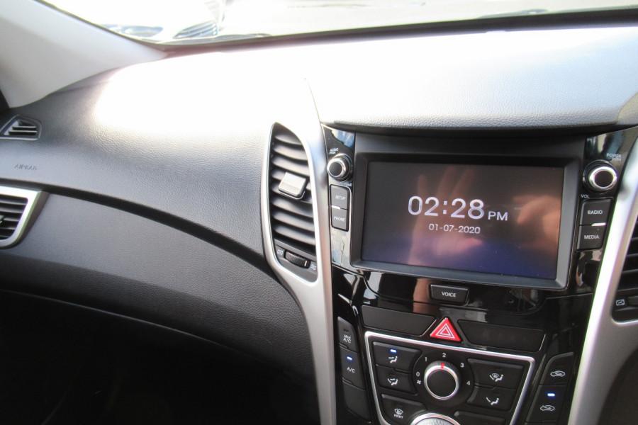 2016 MY17 Hyundai I30 GD4 SERIES II MY17 ACTIVE Hatch Image 18