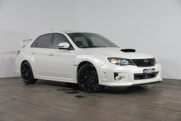 Subaru WRX Sti Spec R (Awd) Subaru Wrx Sti Spec R (Awd) Man