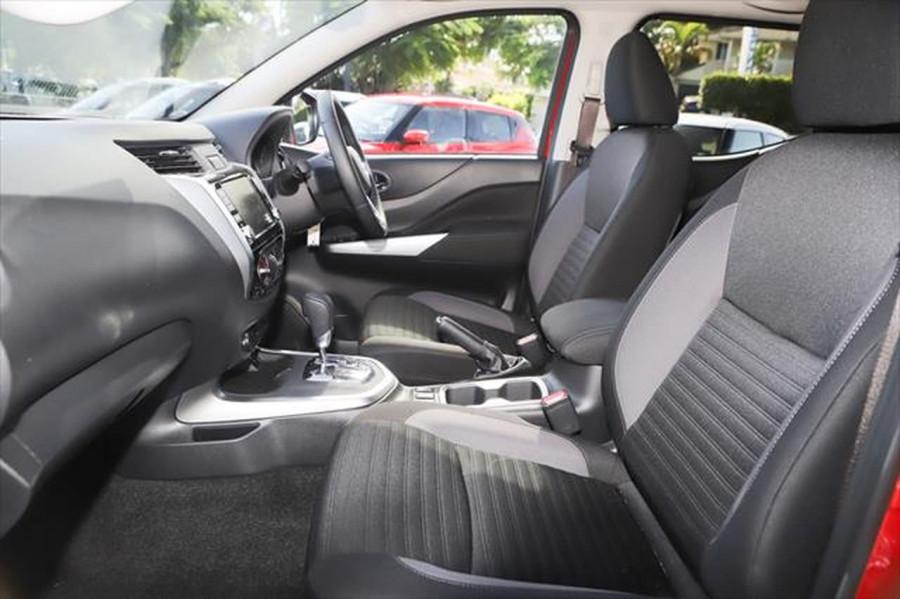 2021 Nissan Navara D23 Dual Cab ST Pick Up 4x2 Utility Image 10