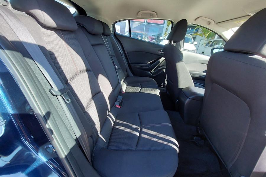 2015 Mazda 3 BM5436 SP25 Hatchback Image 11