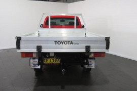 2010 Toyota HiLux KUN26R Turbo SR Single cab chassis