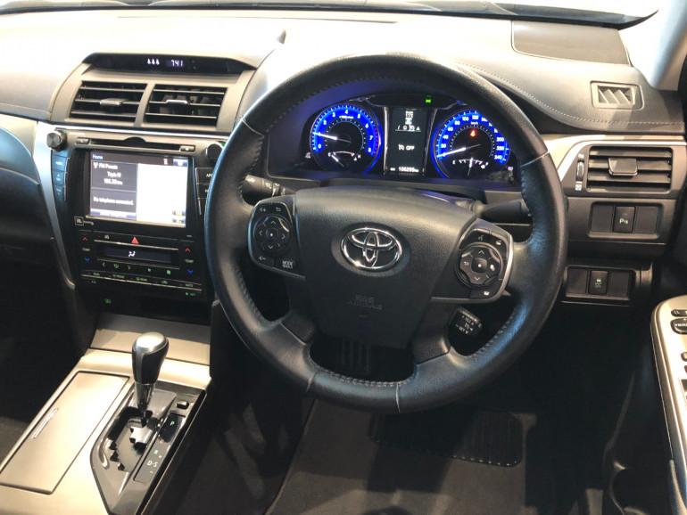 2017 Toyota Aurion GSV50R AT-X Sedan Image 6