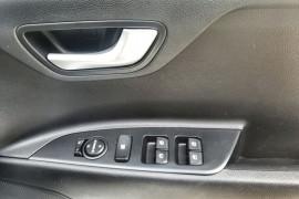 2018 Kia Rio YB S Hatch Image 4