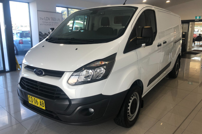 2016 Ford Transit Custom VN 330L Van Image 3