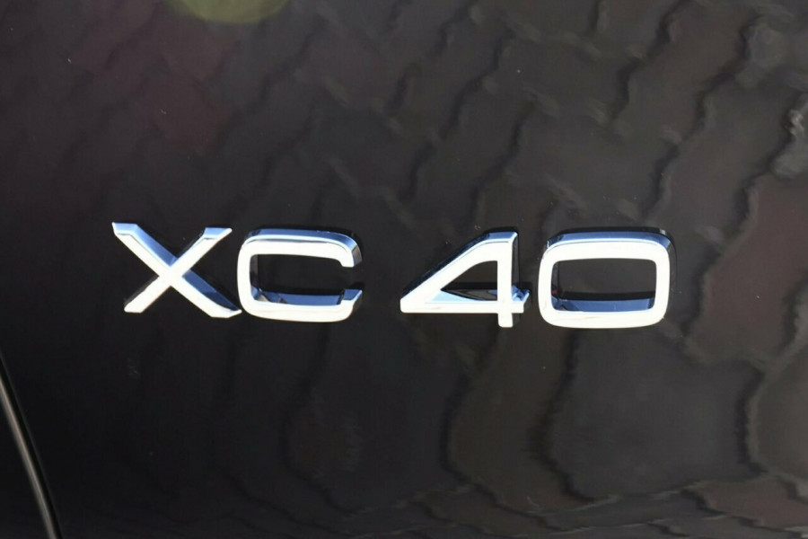2019 Volvo XC40 T4 Inscription Suv Mobile Image 20
