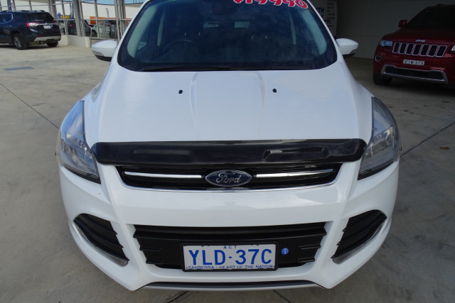 2015 Ford Kuga Trend AWD 2 of 23