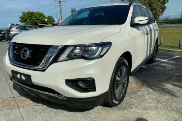 2018 MY17 Nissan Pathfinder R52 Series II MY17 ST X-tronic 2WD Suv Image 3