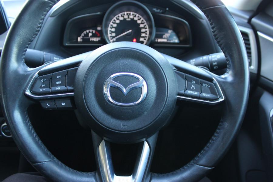 2017 Mazda Mazda3 BN5238 SP25 Sedan Image 21