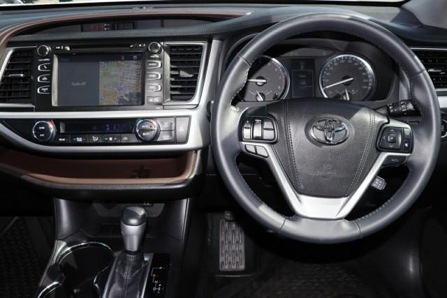 2016 Toyota Kluger GSU50R Grande 2WD Wagon