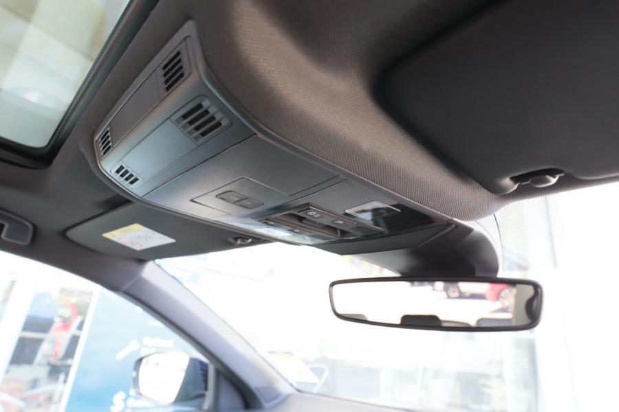 2020 Volkswagen T-Roc T-Roc Sport Wagon Image 23