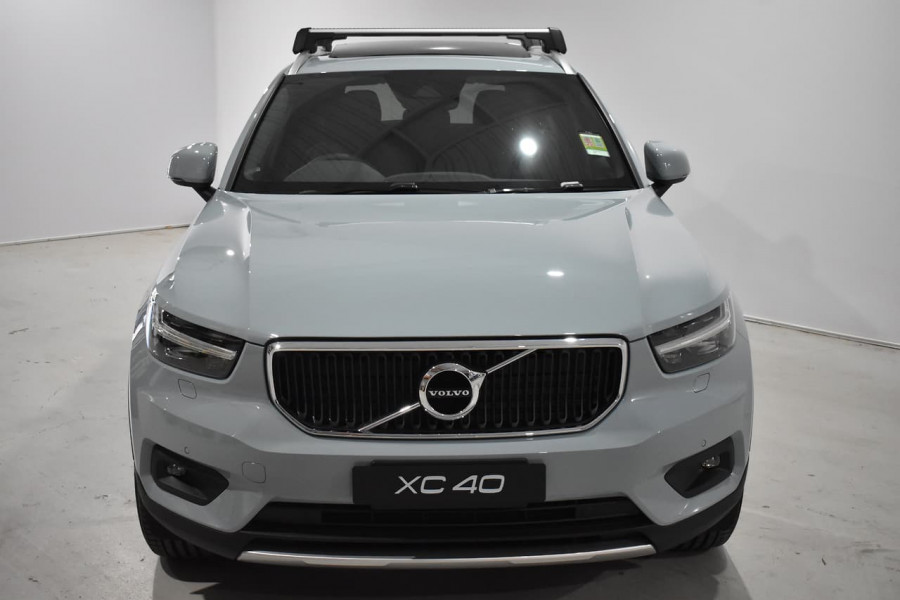 2019 Volvo Xc40 (No Series) MY19 T4 Momentum Suv Mobile Image 17