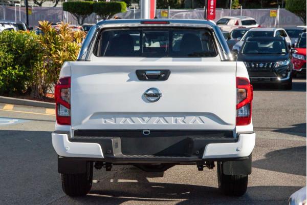 2021 Nissan Navara D23 ST Utility Image 3