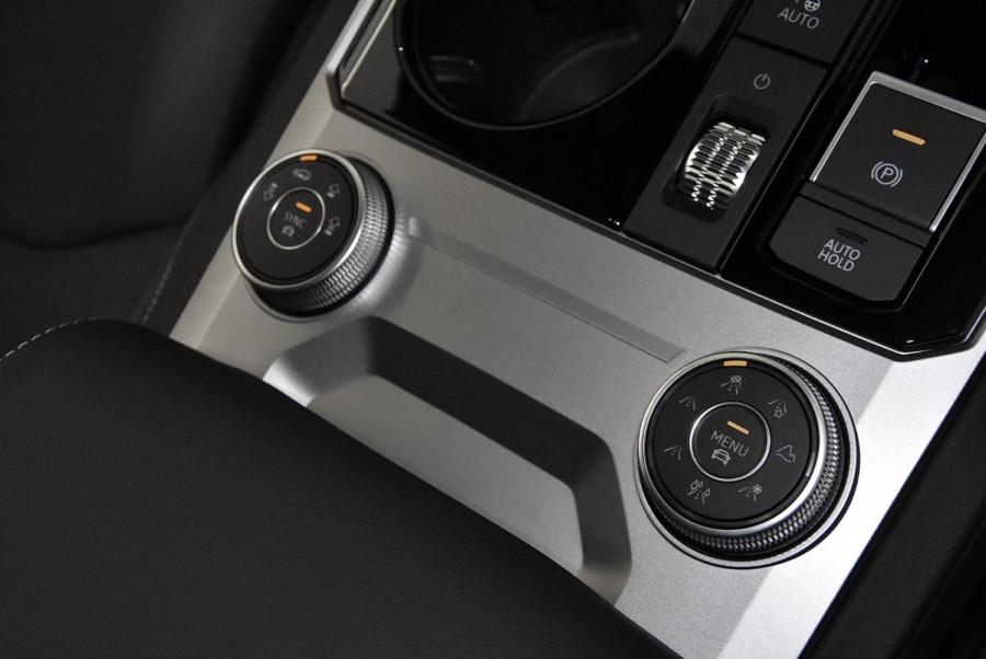2020 MY21 Volkswagen Touareg CR 210TDI R-Line Suv Image 24