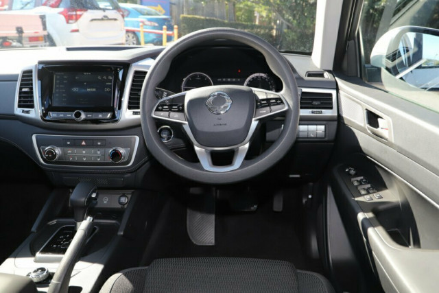 2019 SsangYong Musso Ultimate 14 of 22