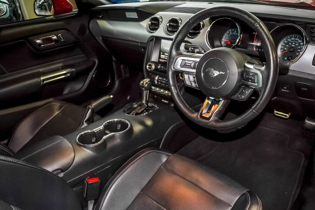 2016 Ford Mustang FM GT Fastback Image 6