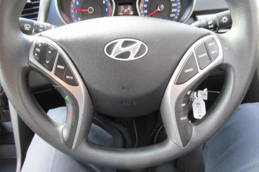 2016 MY17 Hyundai I30 GD4 SERIES II MY17 ACTIVE Hatch Image 17
