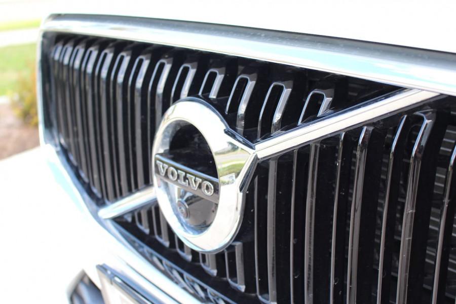 2019 MY20 Volvo XC60 UZ D4 Momentum Suv Image 6