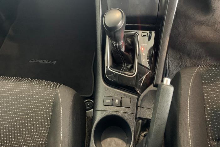 2017 Toyota Corolla ZRE182R Ascent Hatchback Image 20