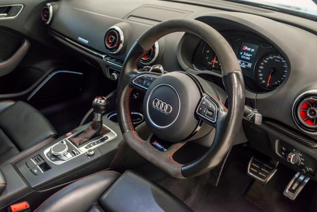 2016 Audi RS 3 Sportback 8V 2.5 TFSI Quattro S-tronic Hatchback Image 15