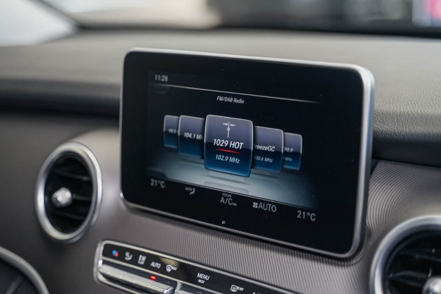 2017 Mercedes-Benz V-class 447 V250 d Avantgarde Wagon Image 10