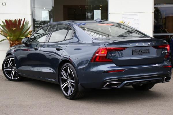 2020 MY21 Volvo S60 Z Series T5 R-Design Sedan Image 4