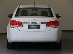 2010 Holden Cruze JG CDX Sedan Image 4
